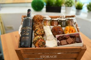 Read more about the article Shavuot Hot Packages
