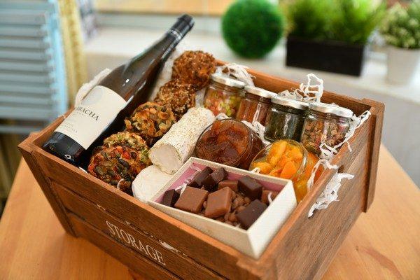 Shavuot Holiday Package Shavuot Holiday Package No Wine